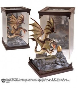 Magical Creatures Dragon Hongrois 19 cm